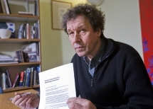 Critically acclaimed actor Stephen Rea has called on the public to support the Arts Council's campaign for No More Cuts to the Arts